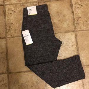Size Medium Crop Leggings